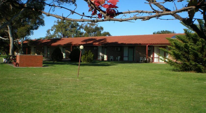 Lakeside Goolwa Motel