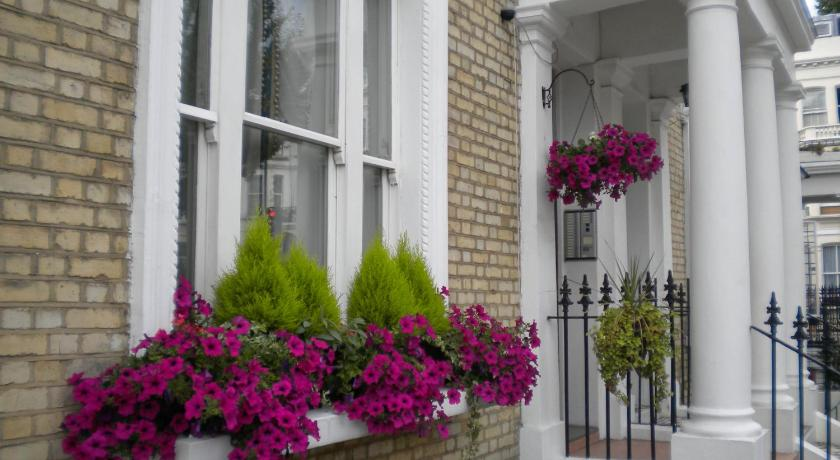 Earls Court Studios (London)