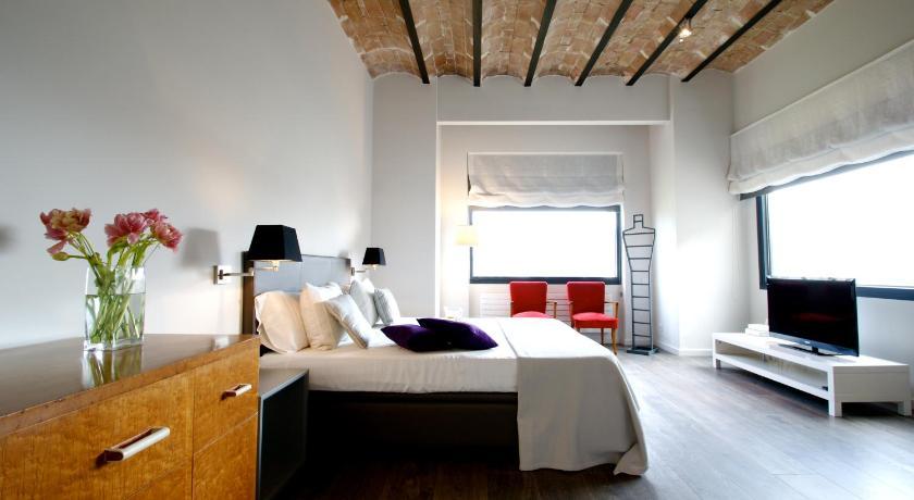 Deco Apartments Barcelona (Decimononico) (Barcelona)