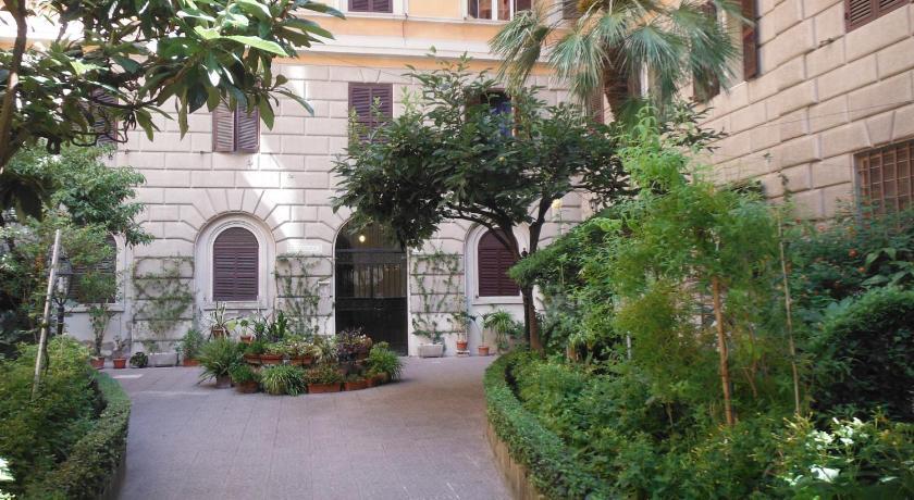 Parisa in Rom