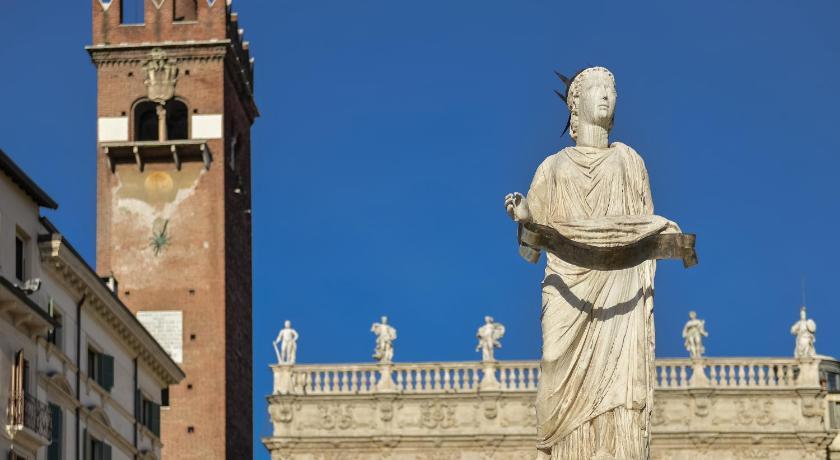 Macbeth Halldis Apartment in Verona