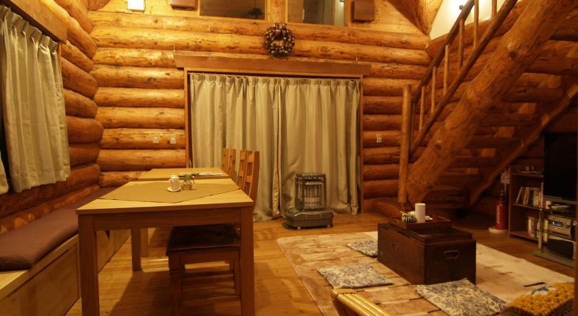 Lodge Tronco inside view
