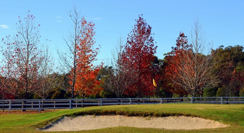 Resort Oaks Ranch & Country Club