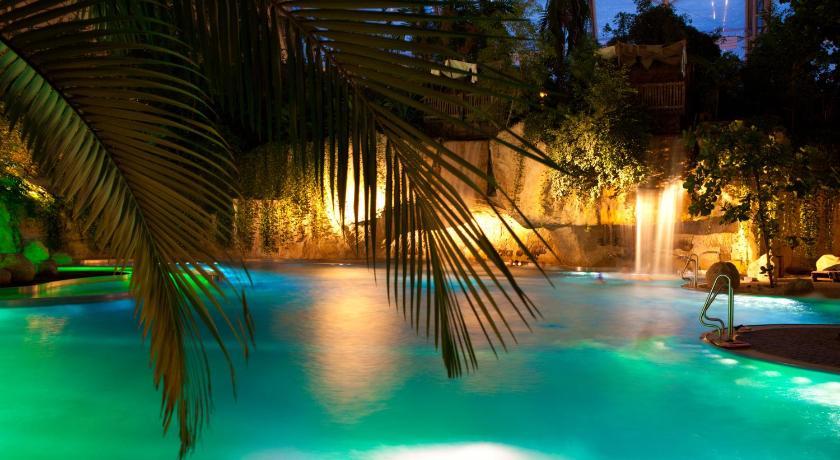 Tropical Islands Resort: Resort Tropical Islands, Krausnick, Germany
