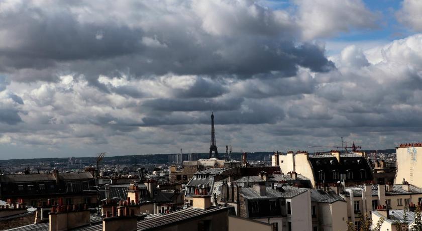One Bedroom Apartment in Montmartre (Paris)