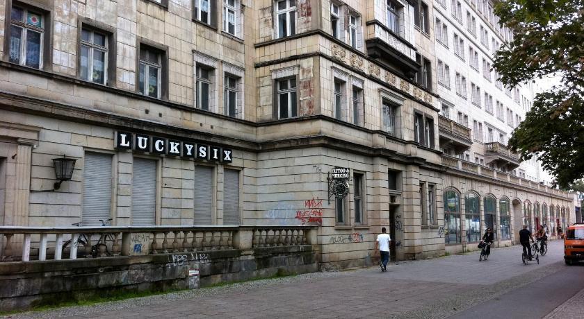 Custom Design Apartment (Berlin)