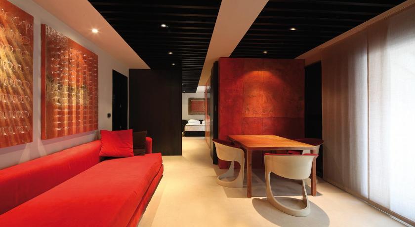 イタリア,ミラノ,ホテル ストラフ(Hotel Straf)