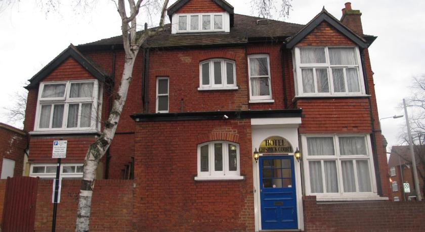 London Escorts Near Chiswick Court Hotel - B&B