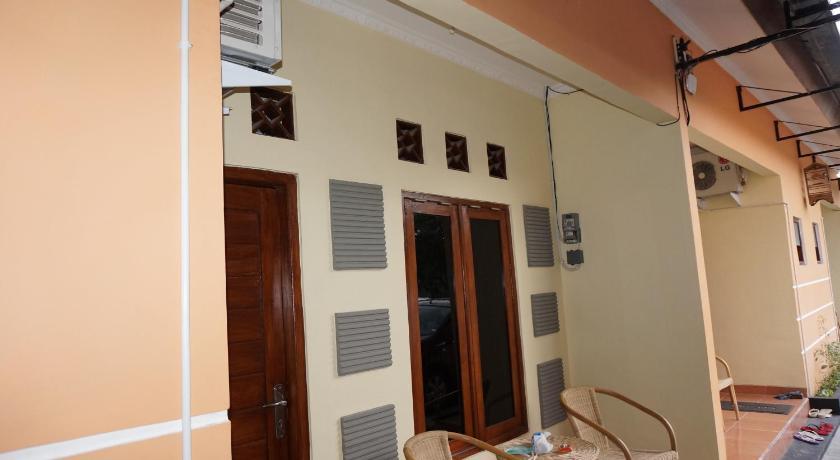 QQ Guesthouse