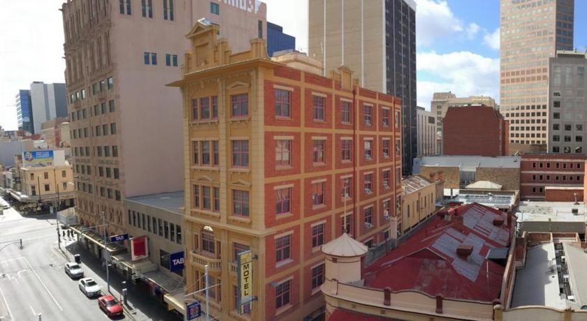 Hotel Adelaide Paringa