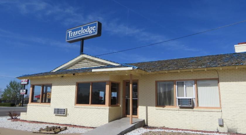 Travelodge by Wyndham Dodge City | 1510 W Wyatt Earp Blvd, Dodge City, KS, 67801 | +1 (620) 227-2125