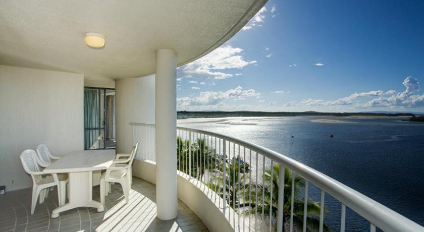 Condo Hotel Noosa Pacific Riverfront