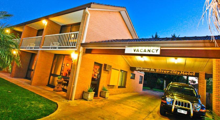 Rivercity Motel