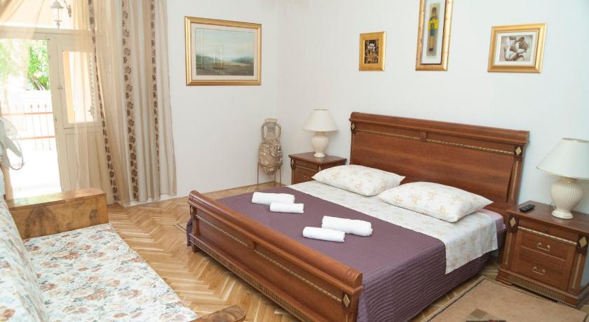 Apartments Nina (Split)