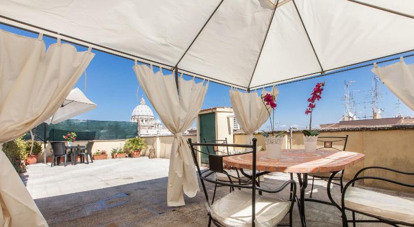 Vatican View Terrace in Rom