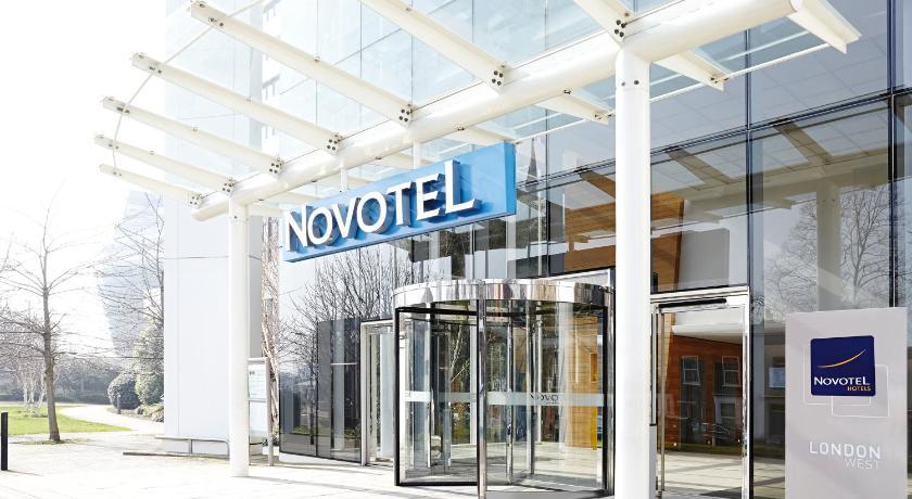 London Escorts Near Novotel London West