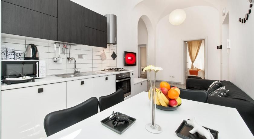 Apartment Bianco & Nero (Rom)