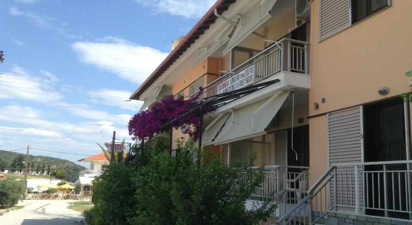 Pansion Eleni, Hotel, Amouliani, Central Macedonia,63075, Greece