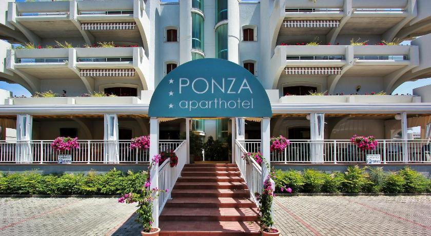 Aparthotel Ponza (Lignano)