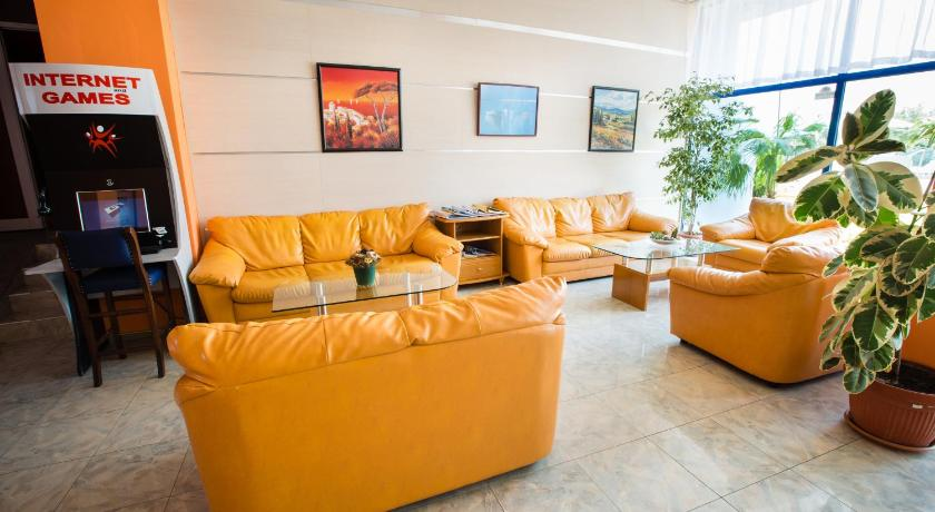 Bohemi Hotel, Communal lounge/ TV room