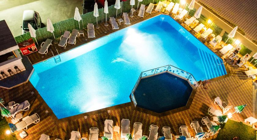 Bohemi Hotel, Pool view