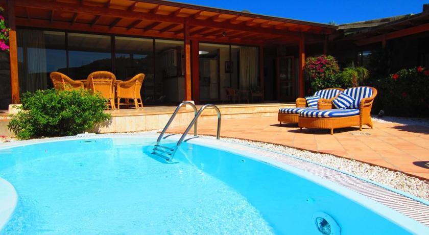 Anfi tauro villas puerto rico espa a for Villas en gran canaria