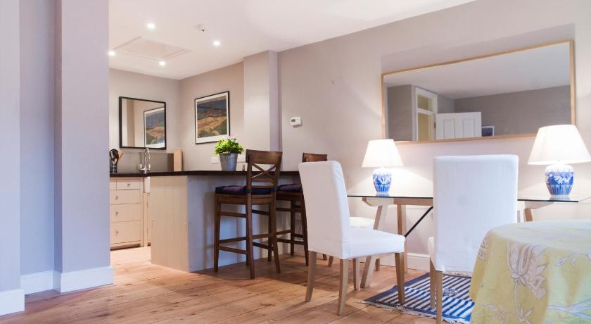 Pimlico Apartment in London