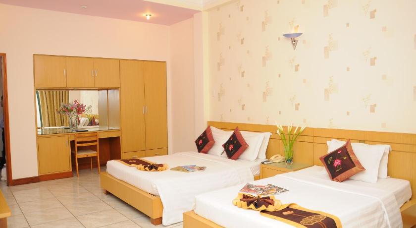 Goldden Lotus Hotel