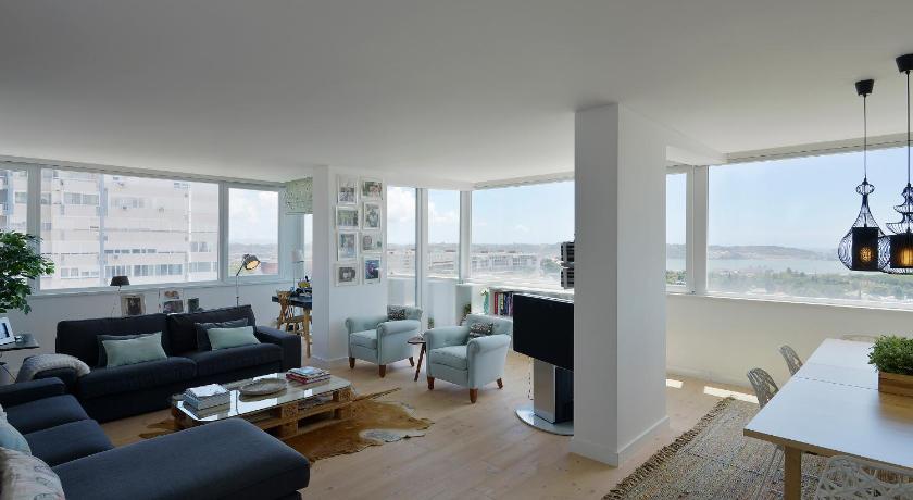 FLH - Light Apartment I Restelo (Lissabon)