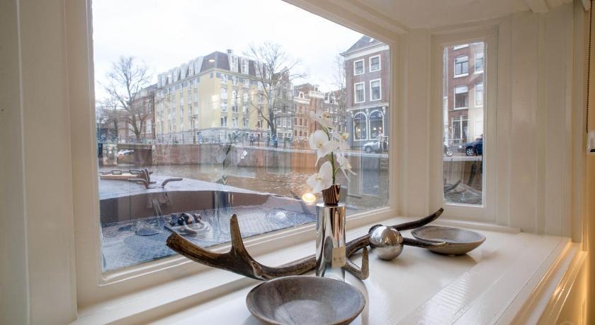 Houseboat Suite Westertoren in Amsterdam