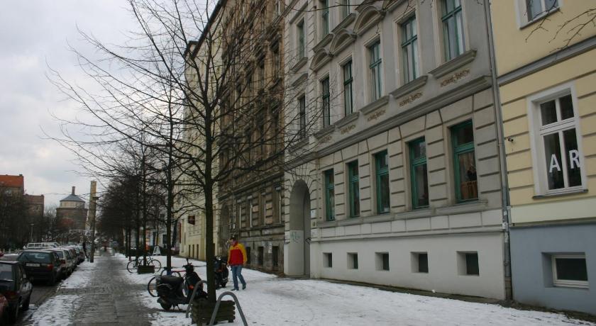 Wasserturm Apartments (Berlin)
