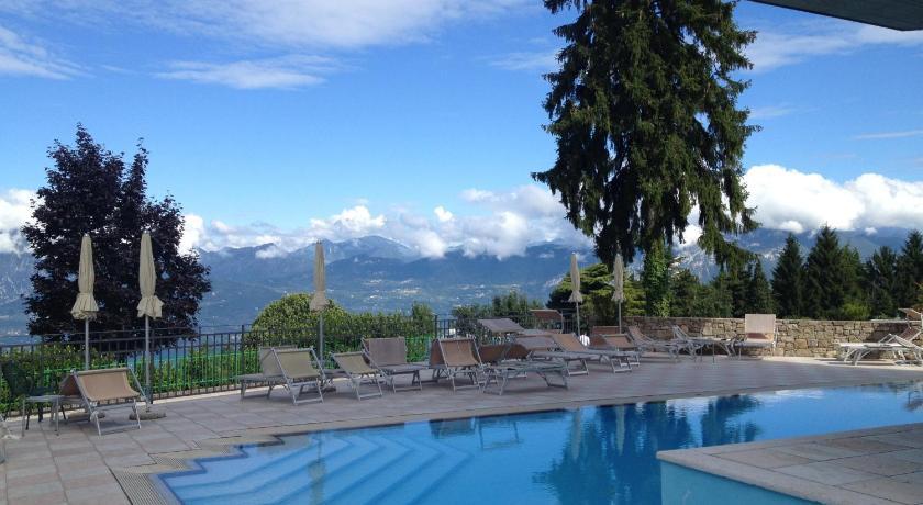 Hotel Sole San Zeno Di Montagna