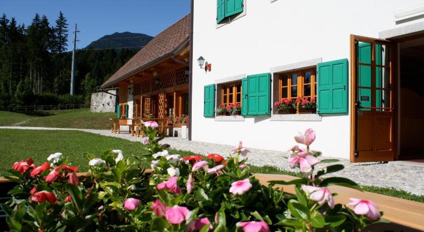 http://q-ec.bstatic.com/images/hotel/840x460/336/33697831.jpg