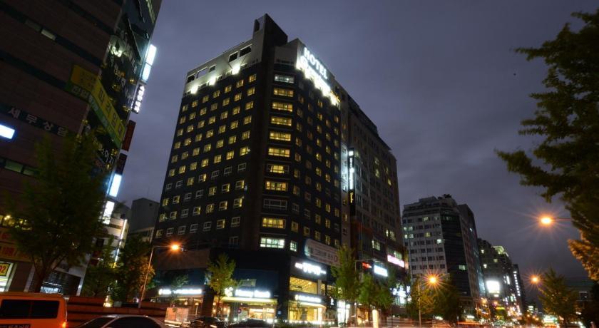 http://q-ec.bstatic.com/images/hotel/840x460/340/34061163.jpg