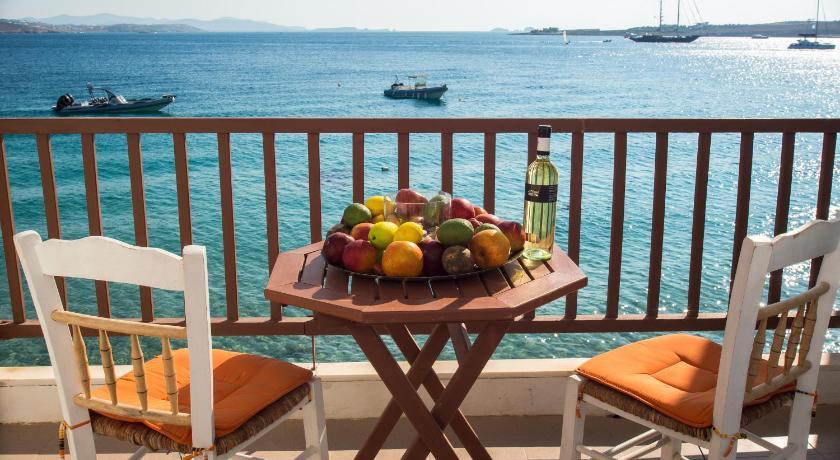 Petalides Apartments, Apartment, Krios beach, Paros, 84400, Greece