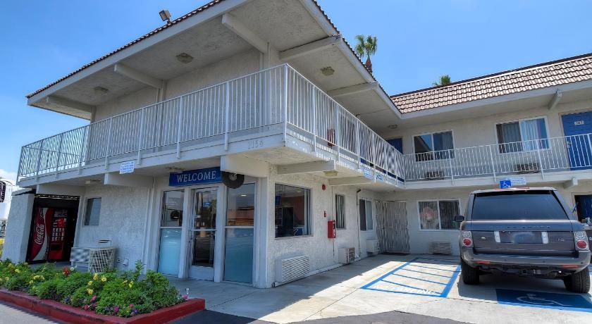 Motel 6 Los Angeles - Hacienda Heights   1154 S 7th Ave, Hacienda Heights, CA, 91745   +1 (626) 968-9462