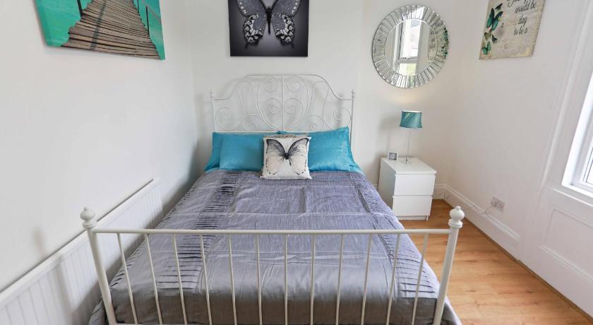 East Croydon Apartment (London)
