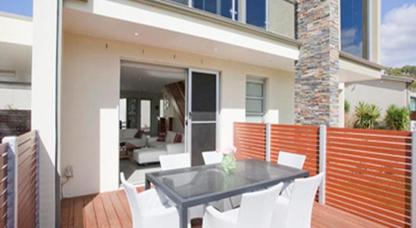 Anglesea River Apartments