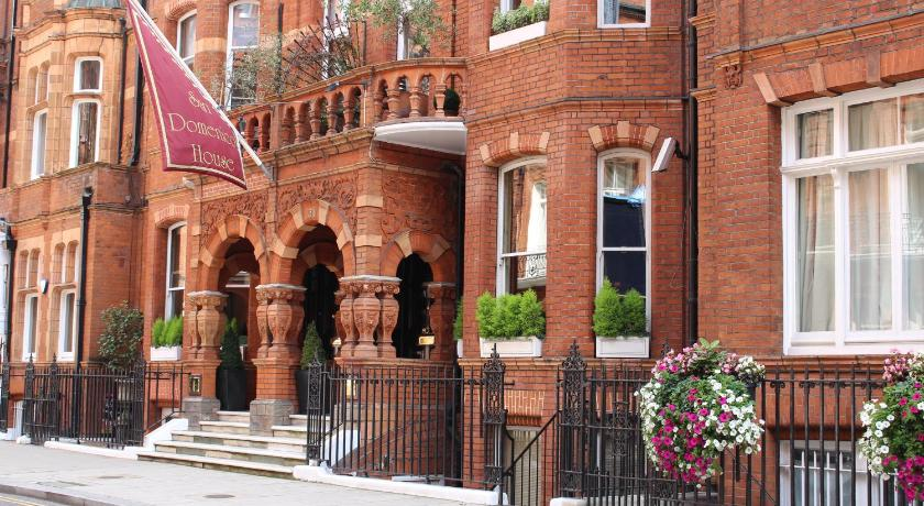 London Escorts Near San Domenico House
