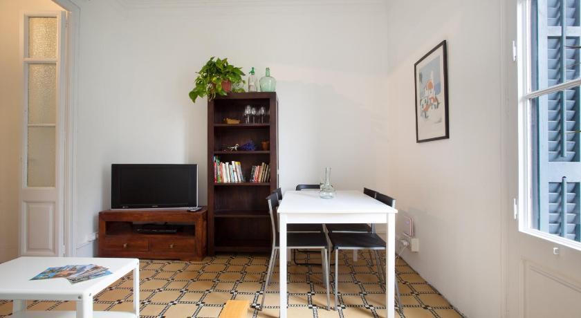 Les Tietes Apartment (Barcelona)