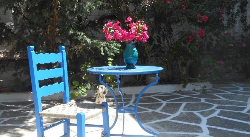 Meletis Studios, Hotel, Livadia, Paros, 84400, Greece