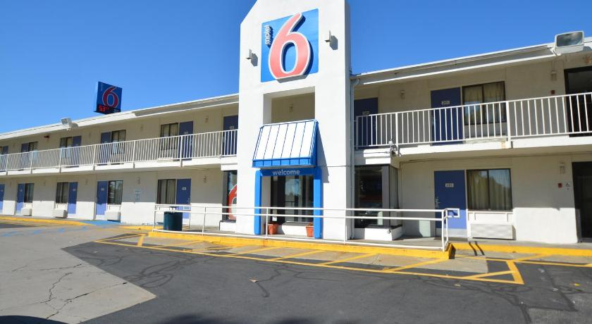 Motel  Chicopee Ma