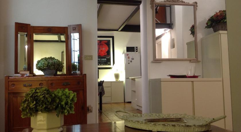 Casa 36 (Bologna)