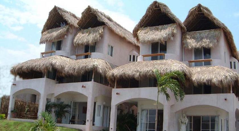Hotel villas fandango santa cruz huatulco mexico for Villas huatulco