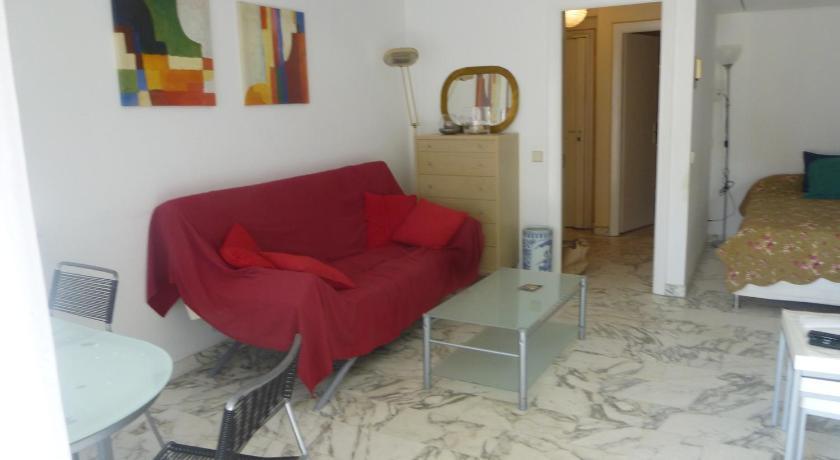Cannes One Bedroom Jardins de la Croisette (Cannes)