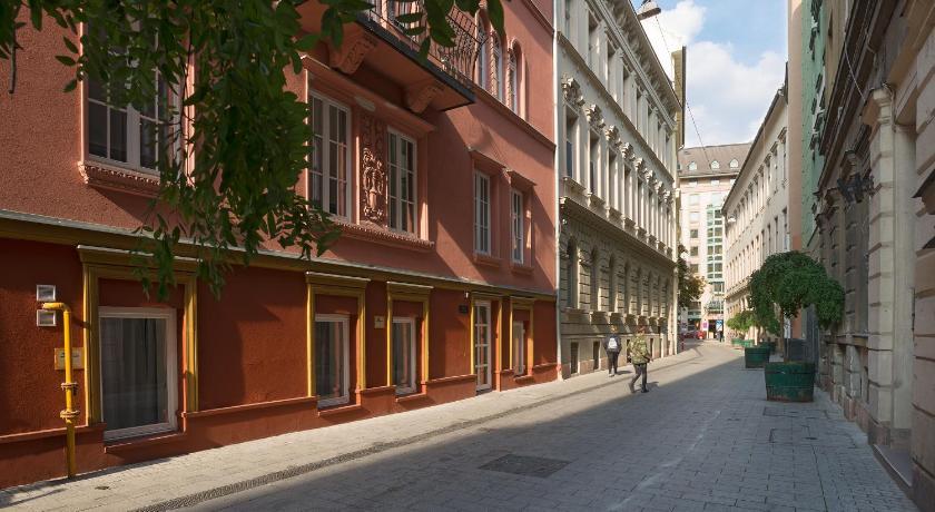 Bastion Hotel Budapest (Budapest)