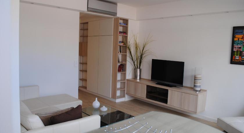 Apartment Latour-Maubourg (Cannes)