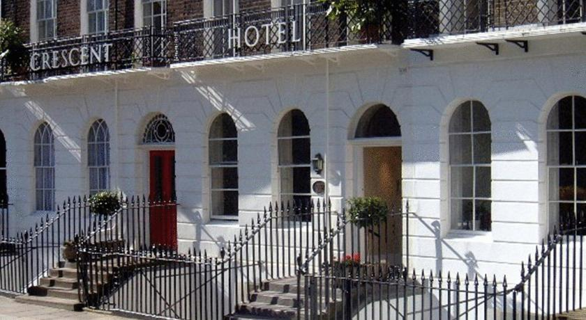 London Escorts Near Crescent Hotel