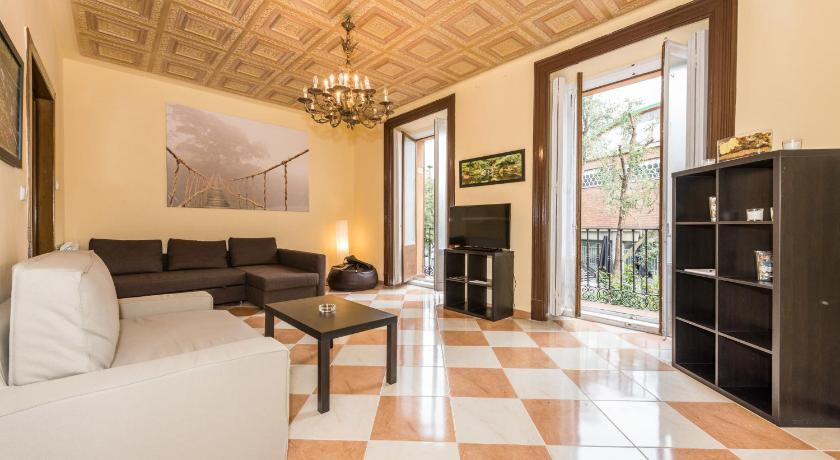 Grand Latina Apartment (Madrid)