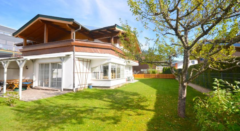 Chalet Gletschermoos by Alpen Apartments (Zell am See)